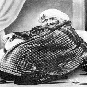 25-HAZRAT-BABA-JAAN_THE-QUTUB-THE-ROSE.jpg